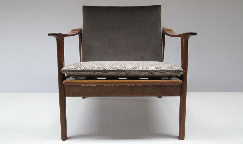 Restauration d'une paire de fauteuil de style danois