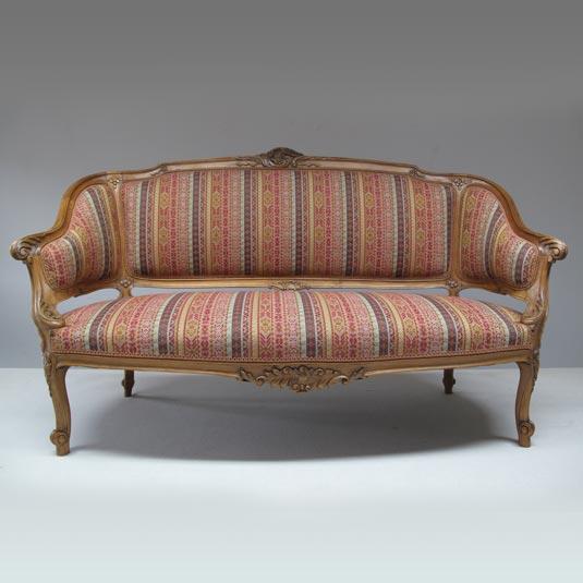 Canapé corbeille de style LXV avec garniture traditionnelle